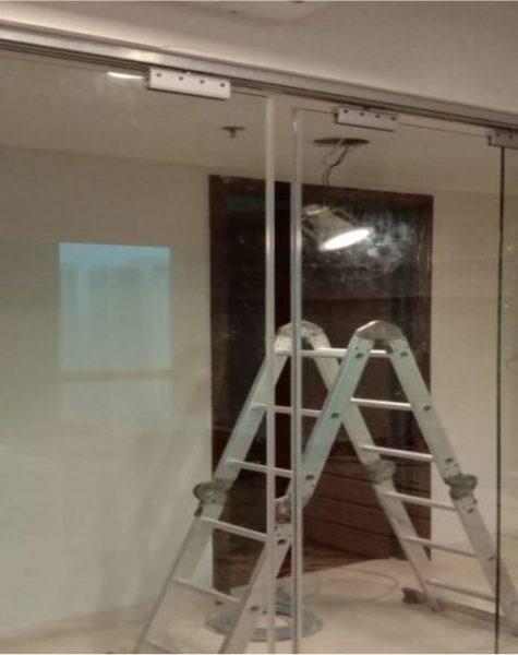 Pintu-Kaca-Floor-Hinge-1024x683